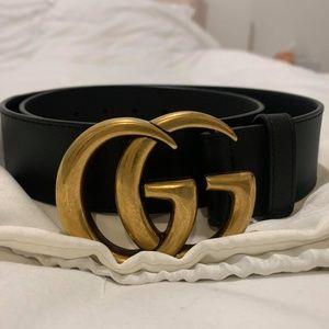 Gucci Black Leather Belt Size 80 / 32